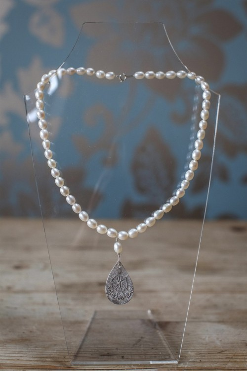 Full Pearl Necklace