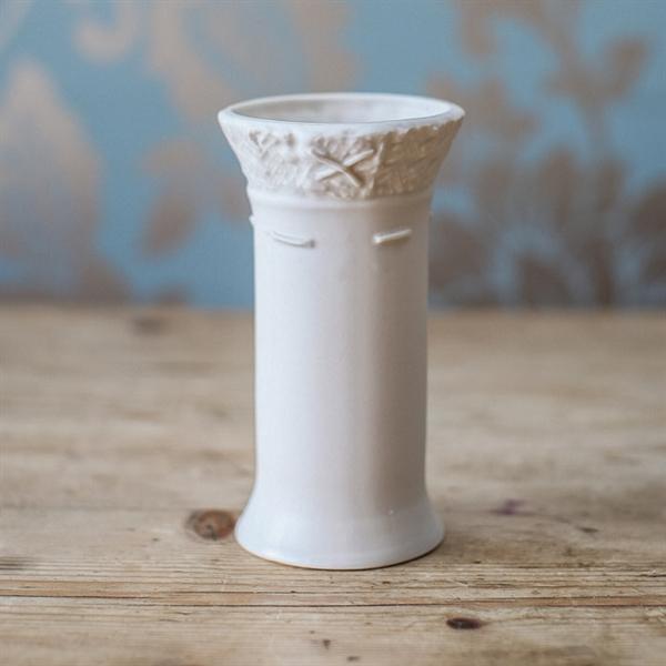 Trim cup